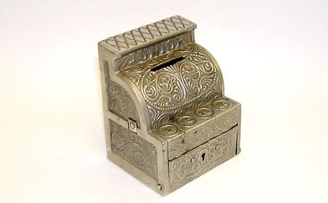 J e steven 39 s junior cash cast iron register bank for Cash piscine 64 idron