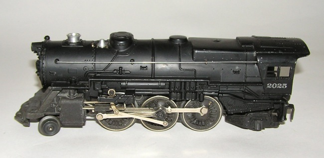 High Grade 1947 Lionel # 2025 Steam Locomotive w/ 2466WX + BOX